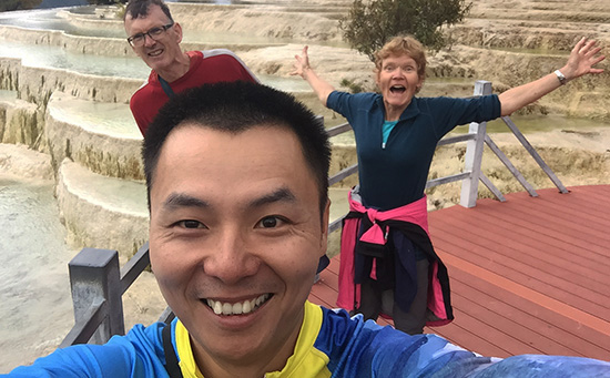 Robert and clients finished their cycle to Baishuitai and then walked there.