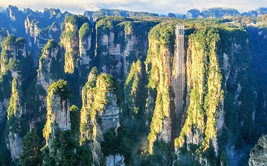 Bailong Elevator, Yuanjiajie Hike Guide, Zhangjiajie Hike Guide.