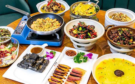 Food Guide in Zhangjiajie, Zhangjiajie Hike Guide.