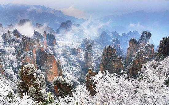 Scenery in Zhangjiajie, Zhangjiajie Winter Hike Guide, Wulingyuan Hike Guide