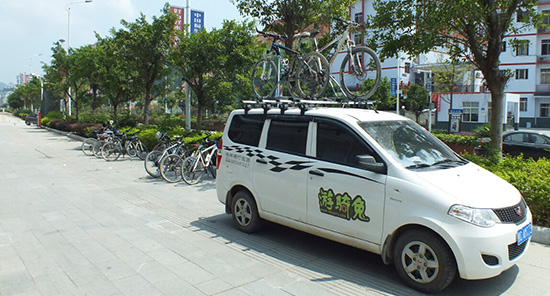 Supporting van of China Bike Tours, Supported Bike Tours in Guilin