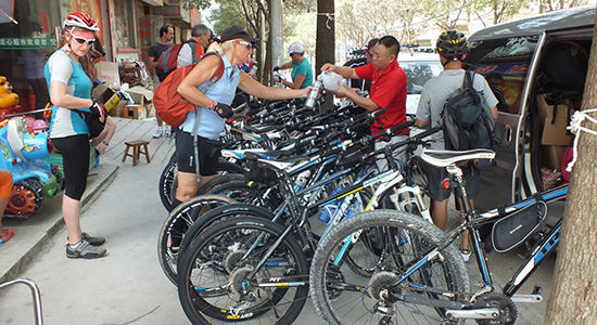 Get supported when cycling in China, water, snacks and fruit are supplied.