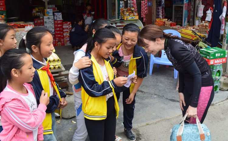 Very few foreigners shows up at small village in Guizhou