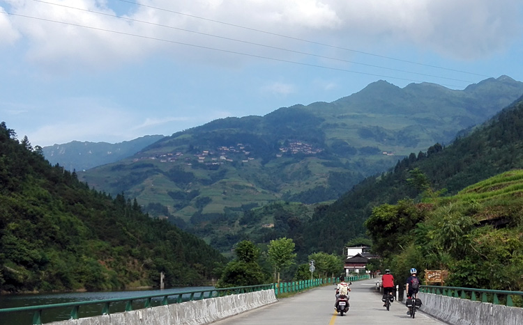 Cycling route to Jiangtou Village in Guilin