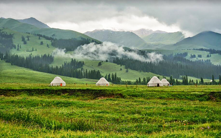 Xinjiang Silk Road Bike Tours, Bike Routes in Xinjiang, Cycle to Gulja.