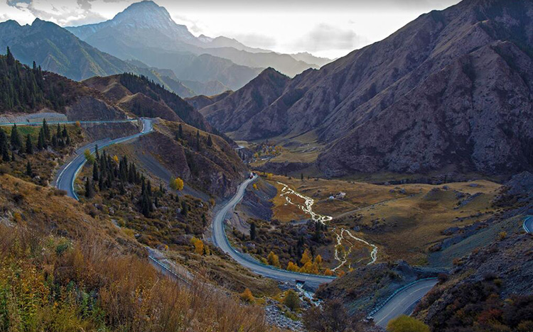 Xinjiang Cycle Route, China Bike Tour to Xinjiang, Cycle to Karamay